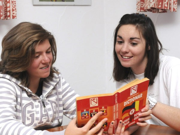 Les Elfes Summer Camp Switzerland language courese