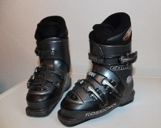 Skii Shoes