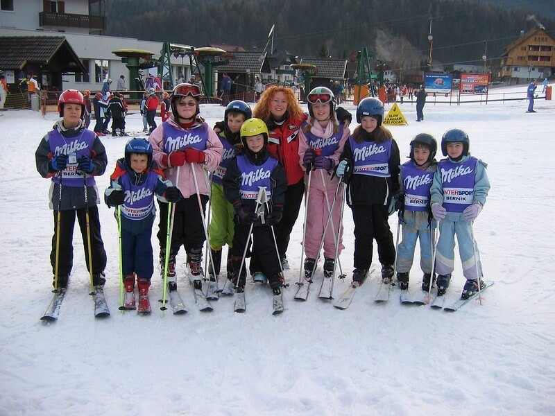 Ski-Lessons-for-young-children