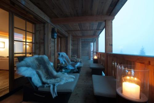 Chalet Verbier Terrace-at-night