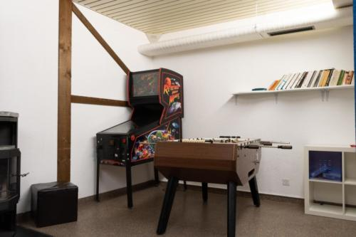 Le Chable games room