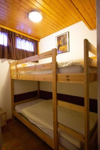 Medran room